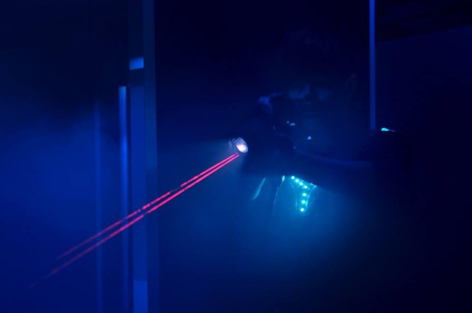 [香港銅鑼灣War Game場] LASERMADS 太空船主題 鐳射槍對戰基地